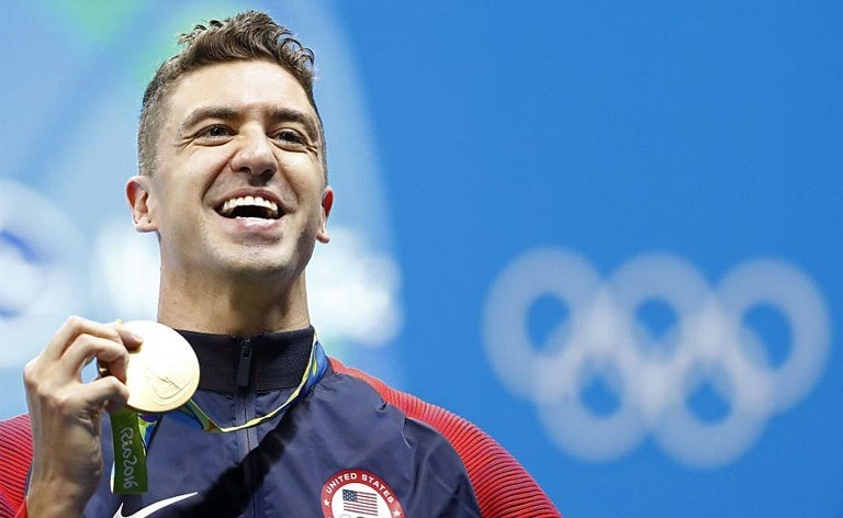 Anthony Ervin with his Gold Medal at Rio